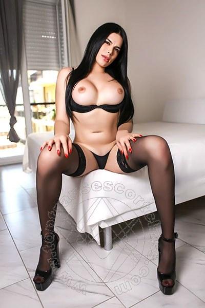 Esmeralda Hot  GENOVA 3286207927