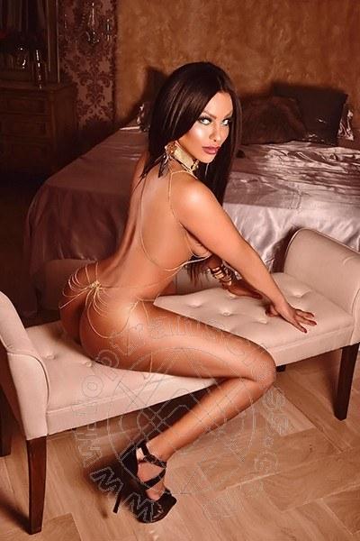 Ingrid Lemos  MILANO 3272403070